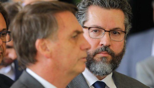 Παραιτήθηκε ο Βραζιλιάνος ΥΠΕΞ επειδή δεν εξασφάλισε περισσότερα εμβόλια