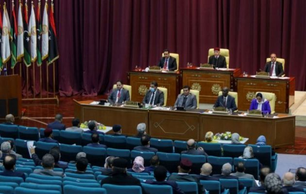 Λιβύη: Η Βουλή υπερψήφισε πρόταση μομφής κατά της μεταβατικής κυβέρνησης – Σε υστερία ισλαμιστές και Τουρκολίβυοι