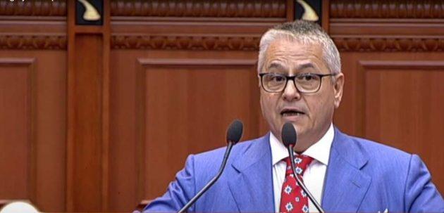 Πέθανε από κορωνοϊό ο πρώην πρωθυπουργός της Αλβανίας Μπασκίμ Φίνο