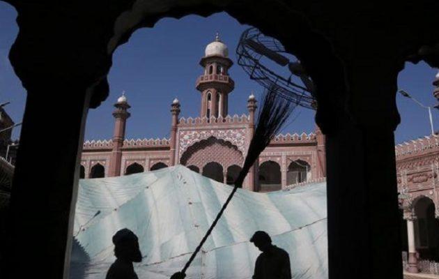 DW: Διαφορετικό Ραμαζάνι εν καιρώ πανδημίας