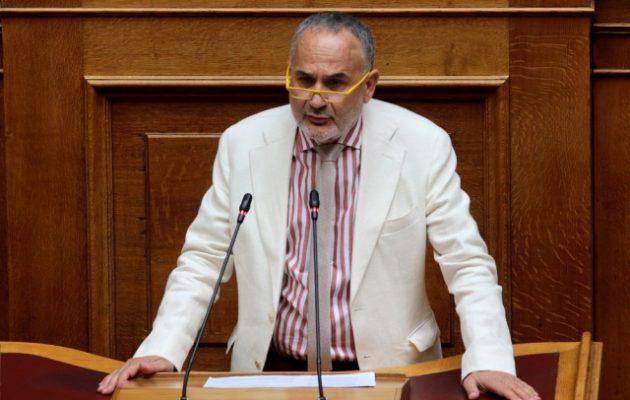 Βουλευτής του ΚΙΝΑΛ εμβολιάστηκε πριν 2,5 μήνες και βρέθηκε θετικός στον κορωνοϊό
