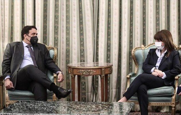 Μένφι σε Σακελλαροπούλου: Λίβυοι και Έλληνες έχουμε σχέσεις 2.500 χρόνια