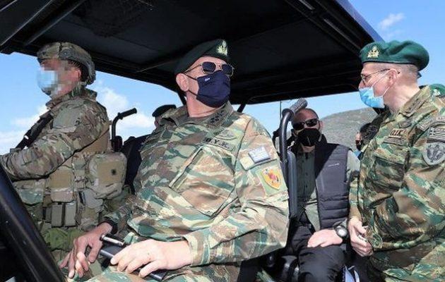 Σε φυλάκια και μονάδες των Ενόπλων Δυνάμεων στη Λέσβο ο Κ. Φλώρος