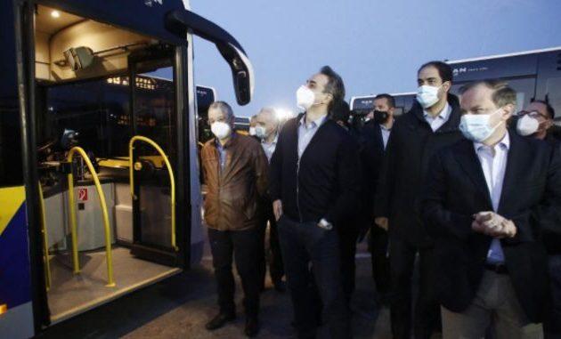 Κίνημα Αλλαγής: Ακατάλληλα τα 40 λεωφορεία που παρέλαβε ο Μητσοτάκης