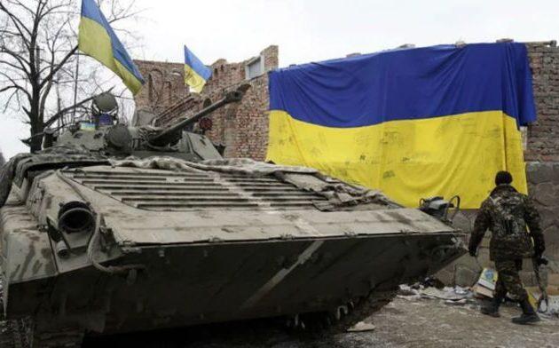 Ο Μπλίνκεν προειδοποίησε τη Ρωσία με συνέπειες εάν επιτεθεί στην Ουκρανία