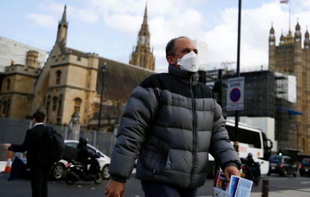 Επιστήμονες: Η Βρετανία θα έχει πετύχει ανοσία αγέλης από τη Δευτέρα