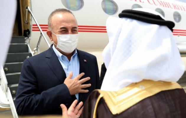 Στη Σ. Αραβία ο Τσαβούσογλου: Η πρώτη επίσκεψη μετά τη δολοφονία Κασόγκι