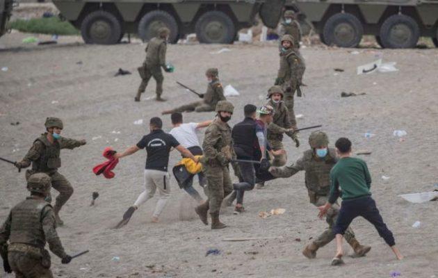 Κρίση Μαρόκου-Ισπανίας με «όπλο» τους μετανάστες – Καταδικάζει η Ελλάδα