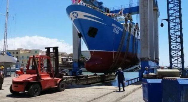 La Republica: Ιταλικό αλιευτικό εμβολίστηκε από δέκα τουρκικά ανοιχτά της Κύπρου