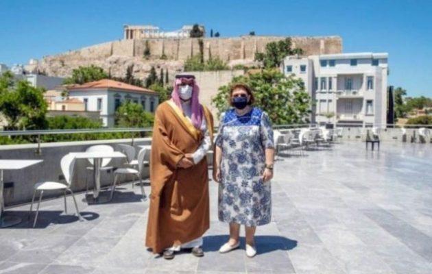 Έλληνες αρχαιολόγοι στην Αλ Φάο της Σαουδικής Αραβίας – Τι πρότεινε ο πρίγκιπας στη Μενδώνη