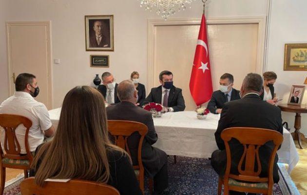 Ο προβοκάτορας ΥΦΥΠΕΞ του Ερντογάν ανακάλυψε καταπιεσμένη «τουρκική κοινότητα» στη Θεσσαλονίκη