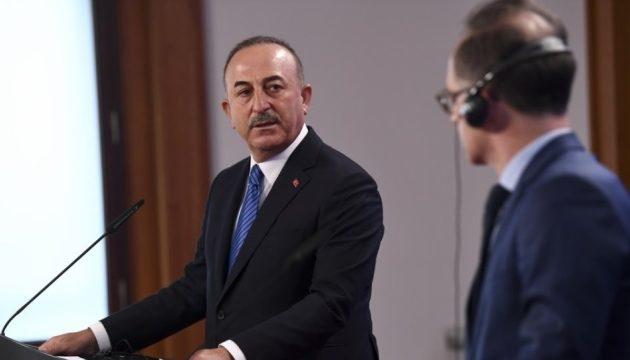 Τσαβούσογλου: Φταίνε οι Ευρωπαίοι για τον παραγκωνισμό της Ούρσουλα από τον Ερντογάν