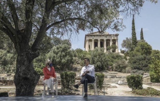 ΣΥΡΙΖΑ: Όσους βολικούς μονολόγους και να κάνει ο Μητσοτάκης οι πολίτες δεν τον ακούνε