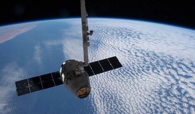 Η Αίγυπτος θα εκτοξεύσει δύο δορυφόρους