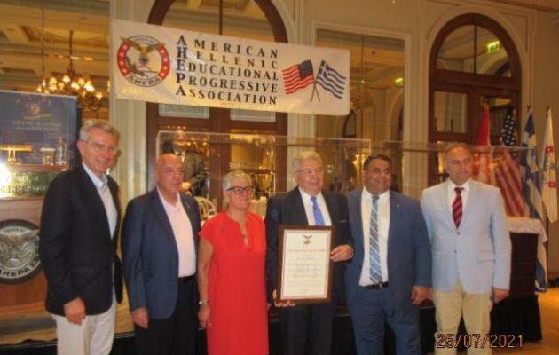 Η AHEPA τίμησε τον ΓΓ Απόδημου Ελληνισμού Γιάννη Χρυσουλάκη για την προσφορά του στην Ομογένεια