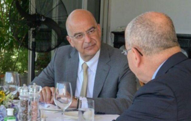 Γεύμα εργασίας Δένδια-Πρεσβευτή Ισραήλ με «μενού» την Ανατ. Μεσόγειο