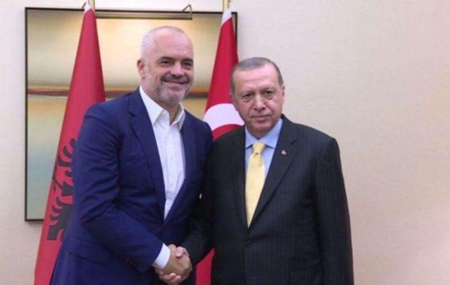 Στην Αλβανία ετοιμάζει νεο-οθωμανική επίσκεψη ο Ερντογάν – Ο Ράμα γιουσουφάκι