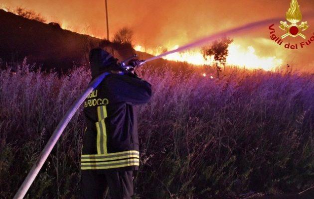Rai: Εμπρησμός οι πυρκαγιές που κατακαίνε τη Σικελία