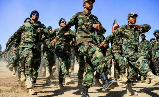 Γιατί κατέρρευσε ο στρατός του Αφγανιστάν που εκπαίδευαν οι ΗΠΑ επί 20 χρόνια