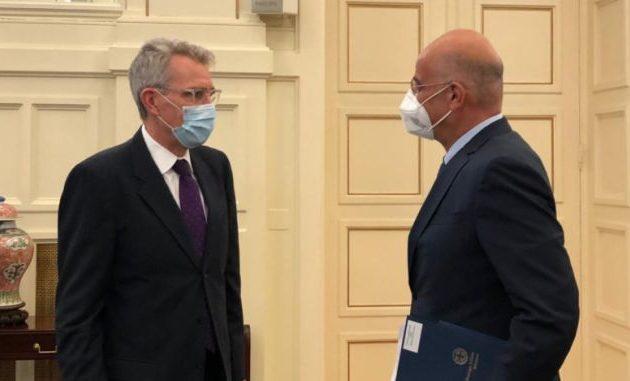 Ο Αμερικανός πρεσβευτής Πάιατ στο υπουργείο Εξωτερικών – Συνάντηση με Δένδια