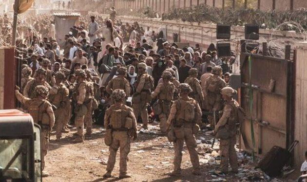 Βρετανία και Αυστραλία ανησυχούν για «τρομοκρατική επίθεση» στο αεροδρόμιο της Καμπούλ