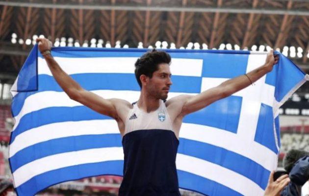 O Μίλτος Τεντόγλου χρυσός Ολυμπιονίκης: «Ένα απλό αλματάκι» του χάρισε την αθανασία