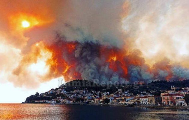 Εύβοια: Καίγονται σπίτια – Ξέφυγε η φωτιά (βίντεο)