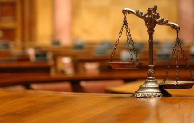 Δικηγόροι: Η απόφαση για τον χειρισμό υποθέσεων για τα υγειονομικά μέτρα