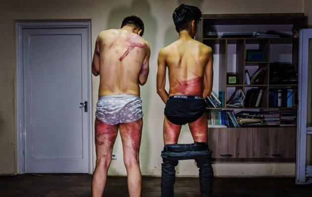 Δύο Αφγανοί δημοσιογράφοι συνελήφθησαν και βασανίστηκαν από τους Ταλιμπάν (φωτο)