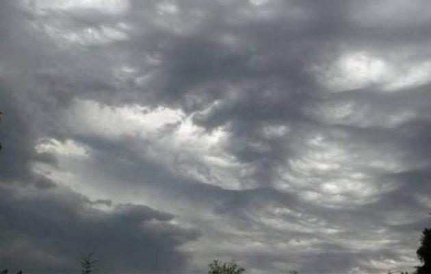 Καιρός: Μικρή άνοδος της θερμοκρασίας τη Δευτέρα – Που θα βρέξει