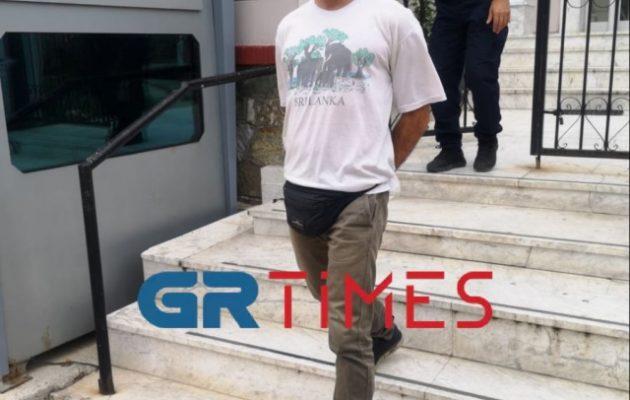 Kαταδικάστηκε ο πατέρας που αρνήθηκε να κάνει σελφ τεστ το παιδί του σε σχολείο
