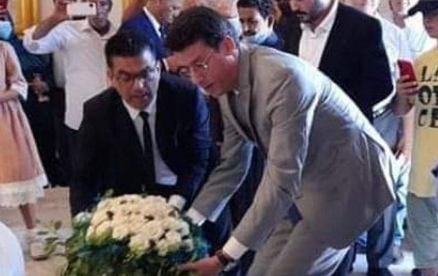 Ο Έλληνας πρόξενος στη Βεγγάζη κατέθεσε στεφάνι στο μαυσωλείο του Ομάρ Αλ Μουχτάρ