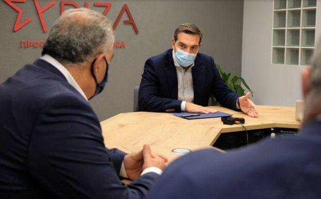 Τσίπρας σε ΓΣΕΒΕΕ και ΚΕΕΕ – Στρατηγική της κυβέρνησης για τις μικρομεσαίες επιχειρήσεις είναι συγχωνεύσεις ή λουκέτο