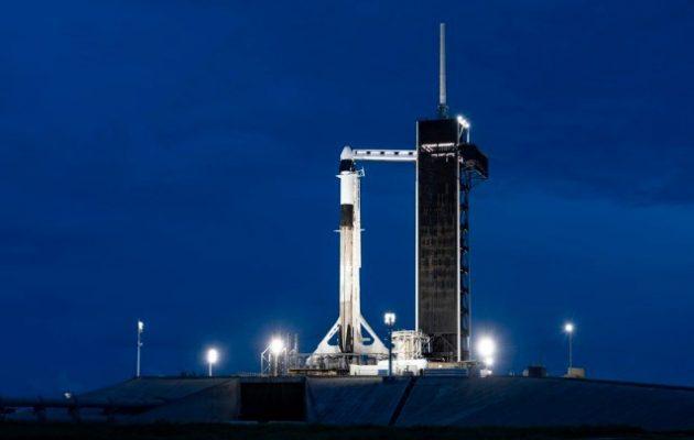 Ταξίδι στο διάστημα την Πέμπτη για τους πρώτους ερασιτέχνες αστροναύτες-τουρίστες της SpaceX