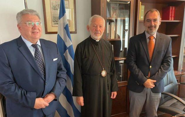 Ο Κατσανιώτης συναντήθηκε με τον αρχιεπίσκοπο Καναδά Σωτήριο