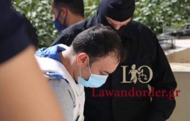 Στον εισαγγελέα ο 34χρονος μέλος της οργάνωσης Ισλαμικό Κράτος που συνελήφθη στην Αθήνα
