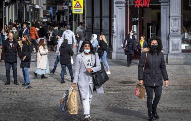 Η Ολλανδία «τρέμει» νέο κύμα Covid – Κατακόρυφη αύξηση νέων λοιμώξεων